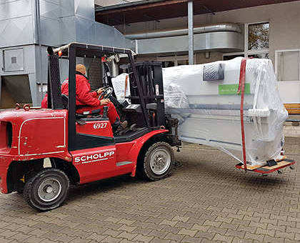 Kantenanleimmaschine Transport